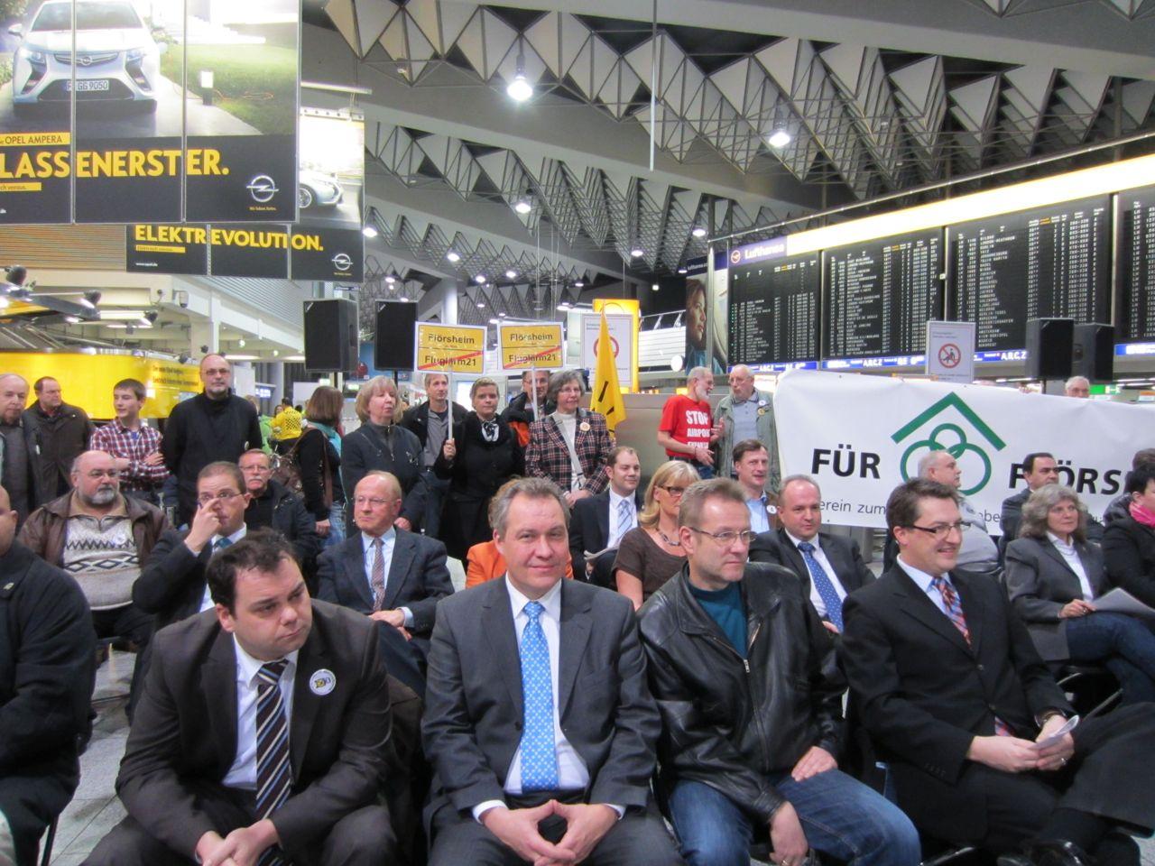 Stadtverordnetenversammlung am Frankfurter Flughafen